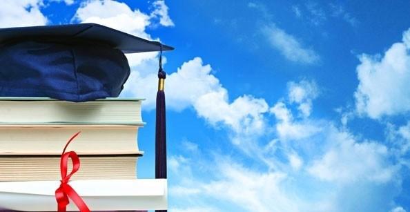 Üniversitelerin başvuruları devam eden Yüksek Lisans ve Doktora öğrenci alım ilanlarına bu linkten ulaşabilirsiniz.