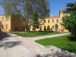 Fatih Sultan Mehmet Üniversitesi 9 öğretim üyesi alacak.